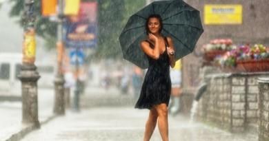 lietus mergina