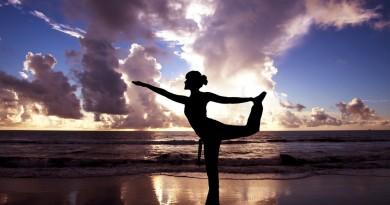 yoga mergina horoskopas