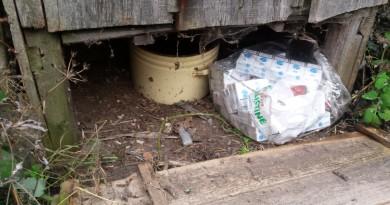Kruonio gyventoja cigaretes slėpė lauko tualete