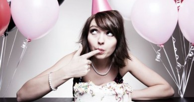 mergina tortas gimtadienis vakarėlis