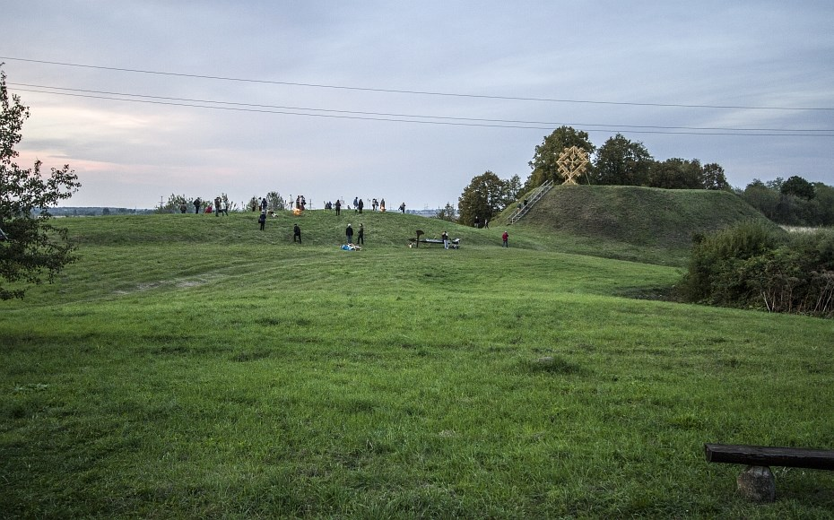maisiejunu-piliakalnis