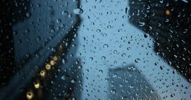 Eidami į lauką nepamirškite lietsargių: atkeliauja lietingos dienos