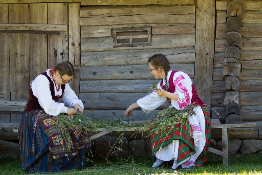 Joninės Lietuvos liaudies buities muziejuje (3)