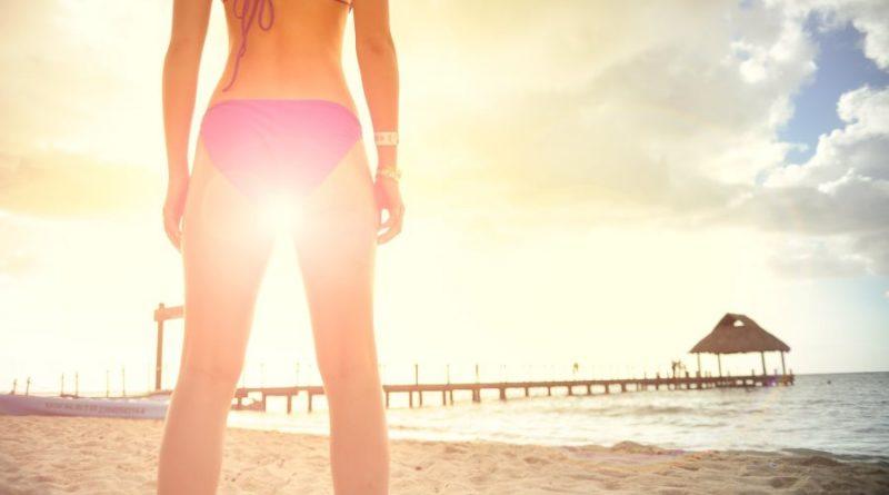 atostogos mergina smėlis jūra horoskopai