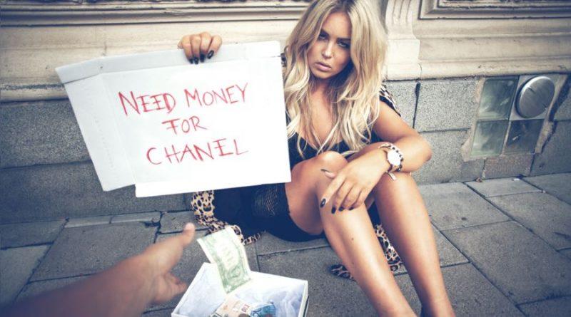 mergina pinigai