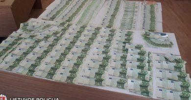 Vilniečių planas žlugo: į rinką nepateko 85 tūkst. netikrų eurų (video)