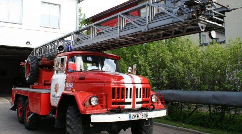 ugniagesiai Kaišiadorių PGT autokopėčios